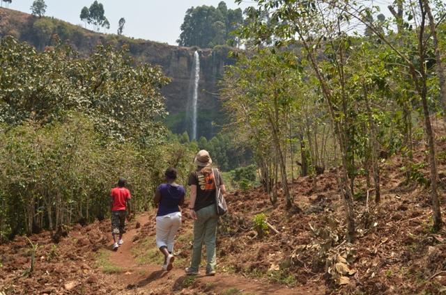 hiking sipi falls uganda