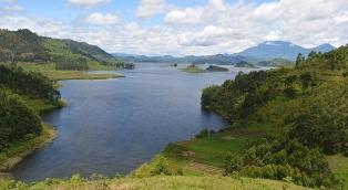 lake-mutanda-kisoro-thumbnail