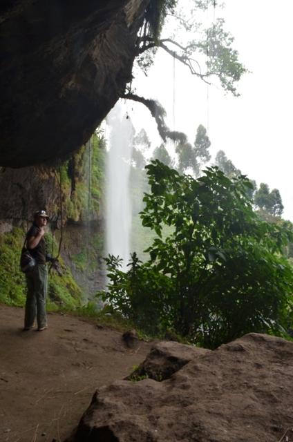 sipi falls trekking