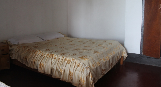 double bed kinigi guest house