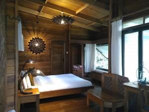 rainforest lodge mabira